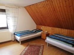 OG Schlafzimmer 1